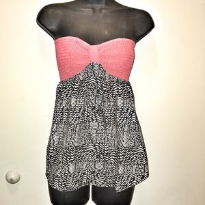 Pink printed bando top by Roxy size small